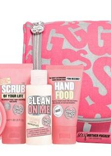 blog-Soap%26Glory_ShowerTrip_int_RGB_30-days-of-gifts.jpg