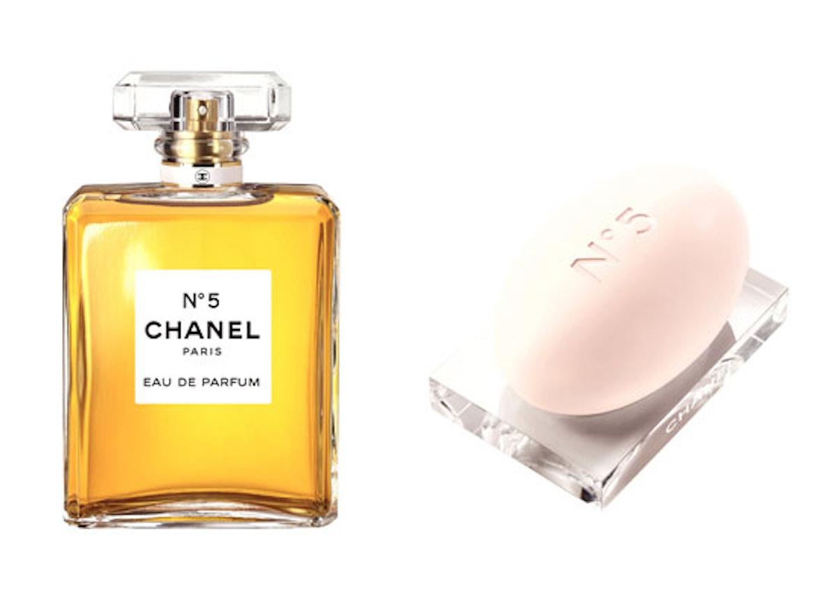 blog-chanel-no-5-parfume-and-soap.jpg