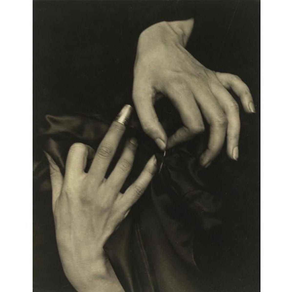 8886-Stieglitz%2C-Hands-with-Thimble.jpg