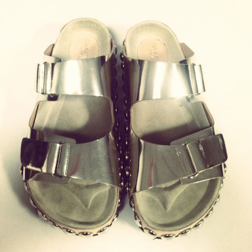 blog-Giambattista-Valli-birkenstock-sandals-01.jpg