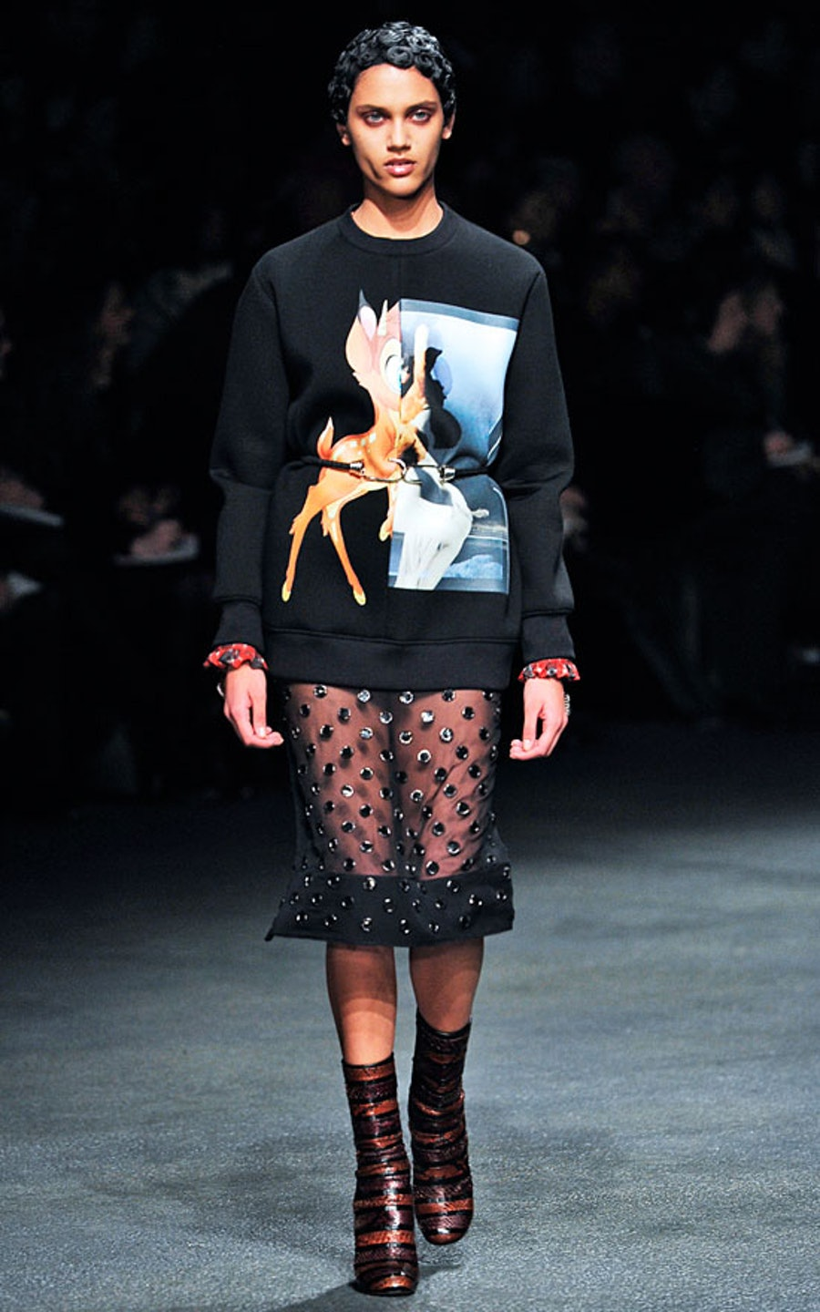 blog-givenchy-fall-2013-runway-look-01-01.jpg