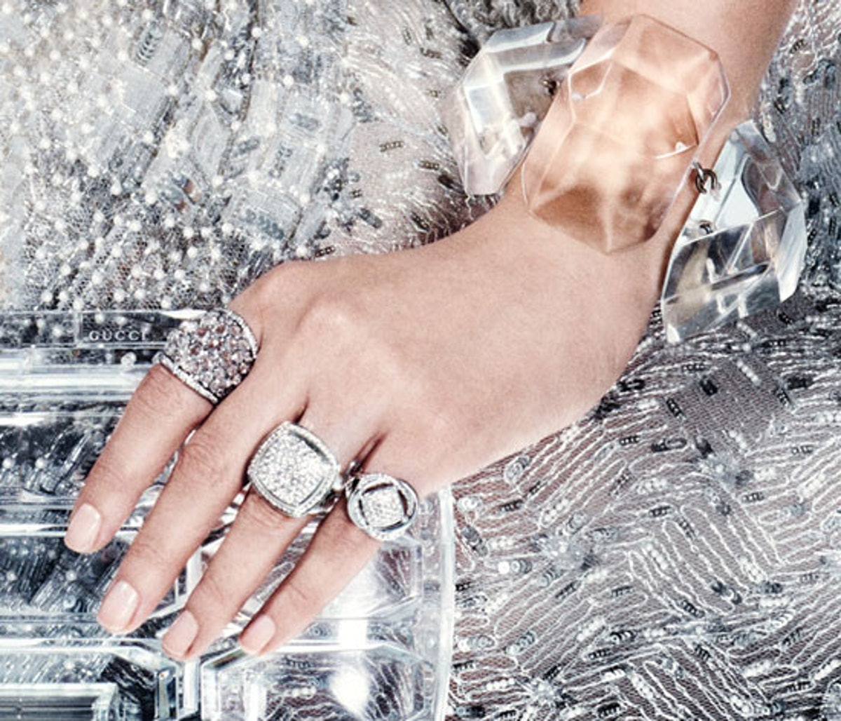 acss-clear-accessories-03-v.jpg