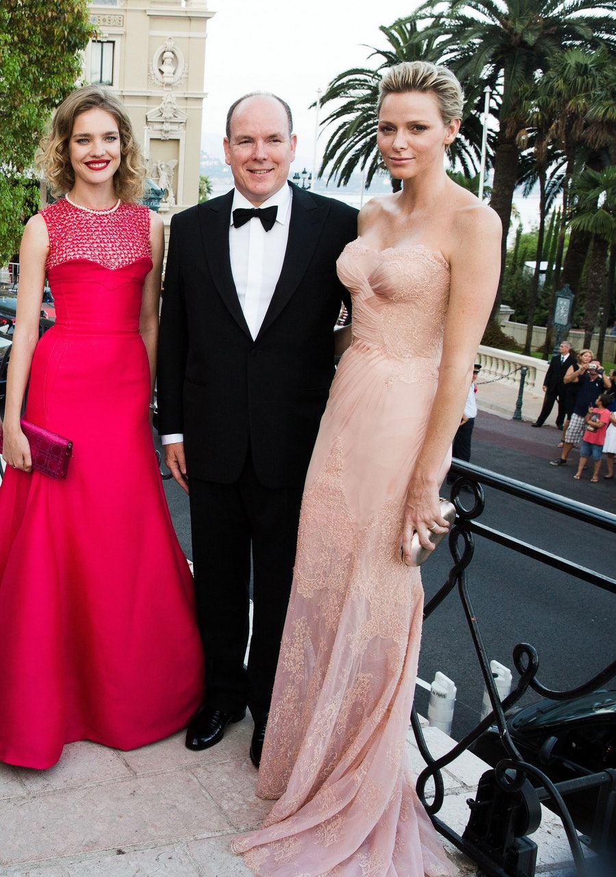 cear-Princess-Charlene-versace-to-the-love-ball