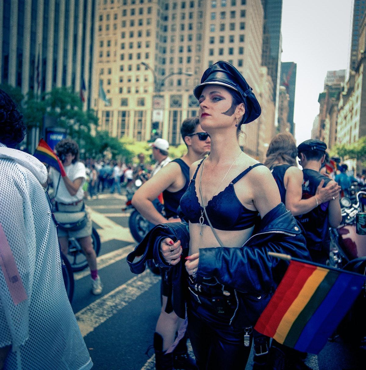 faar-gay-fashion-exhibition-01