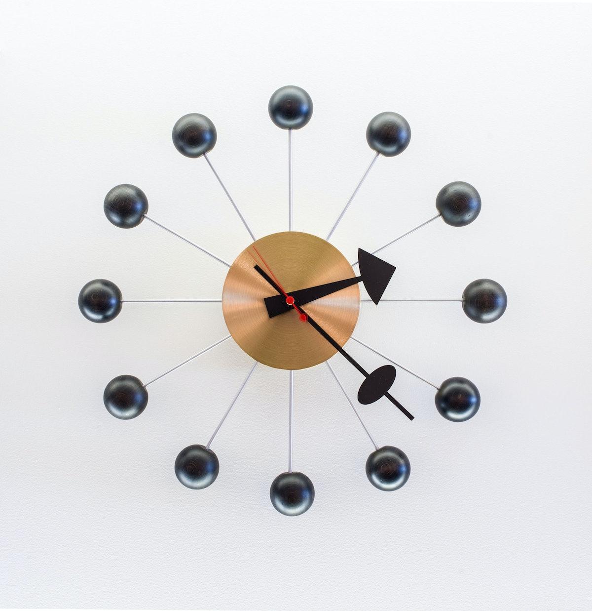 arss-glass-house-gift-shop-Herman-Miller-Ball-Wall-Clock