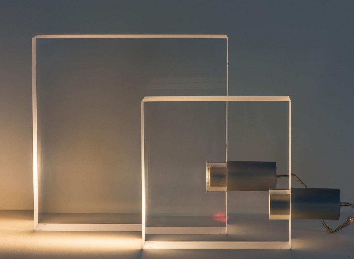 arss-glass-house-gift-shop-Tofu-Lamp