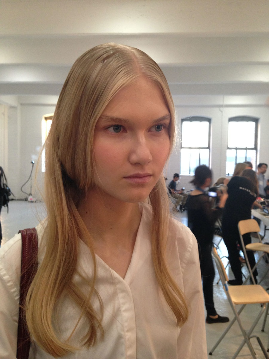 suno-spring-2014-backstage-beauty