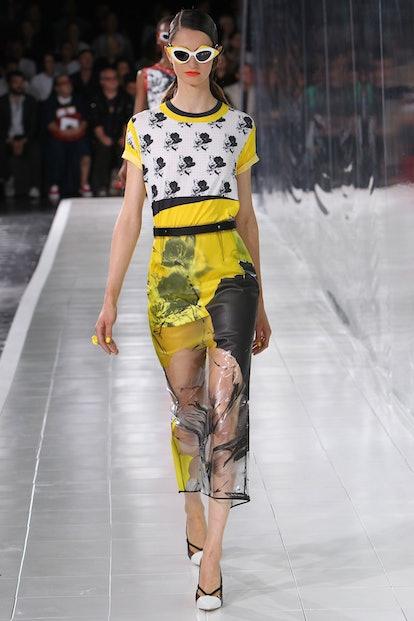 prabal-gurung-spring-2014-plastic-skirt