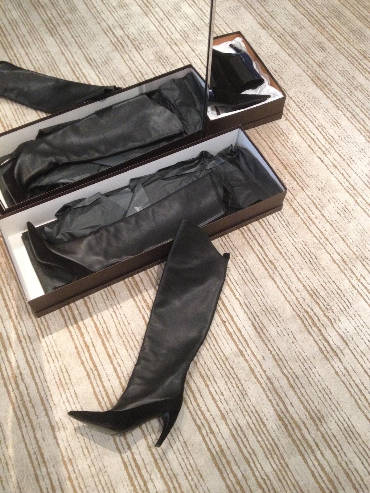 yuan-yuan-tan-high-boots