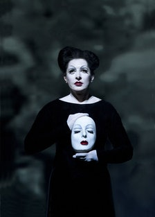 Photo from performance of *The Life and Death of Marina Abramovic*. Courtesy of Lucie Jansch.