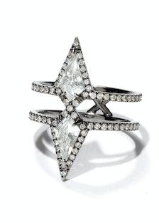 Eva Fehren ring.
