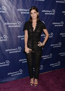 Lizzy Caplan in Houghton