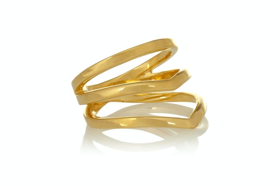 Arme De L'Amour gold ring