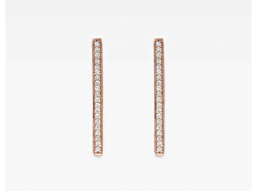 Vrai and Oro diamond line drop earrings