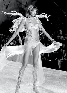 Karlie Kloss walks in the 2013 Victoria's Secret Fashion Show
