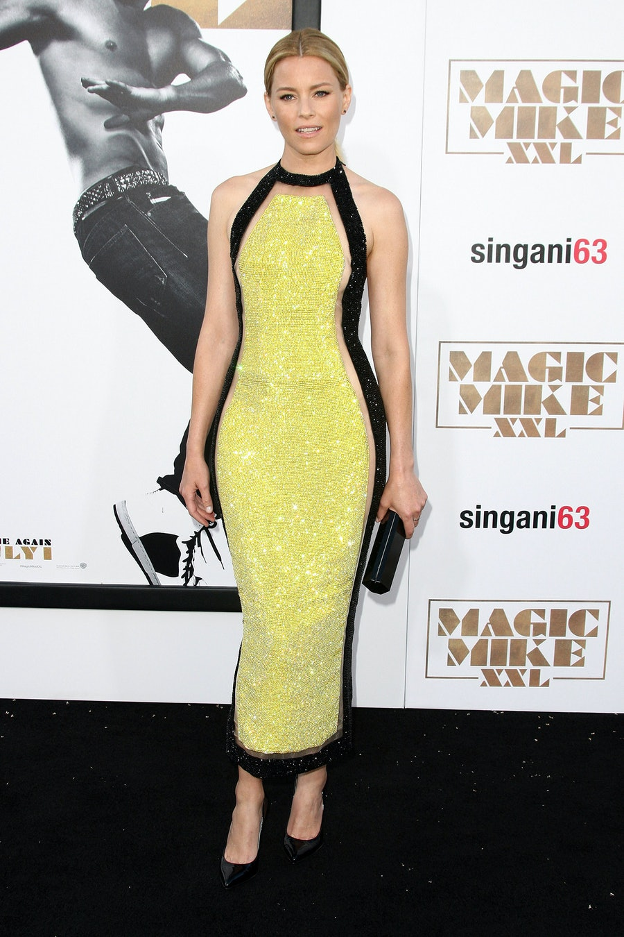 Elizabeth Banks in Balmain