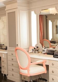 Blushington Makeup and Beauty Lounge