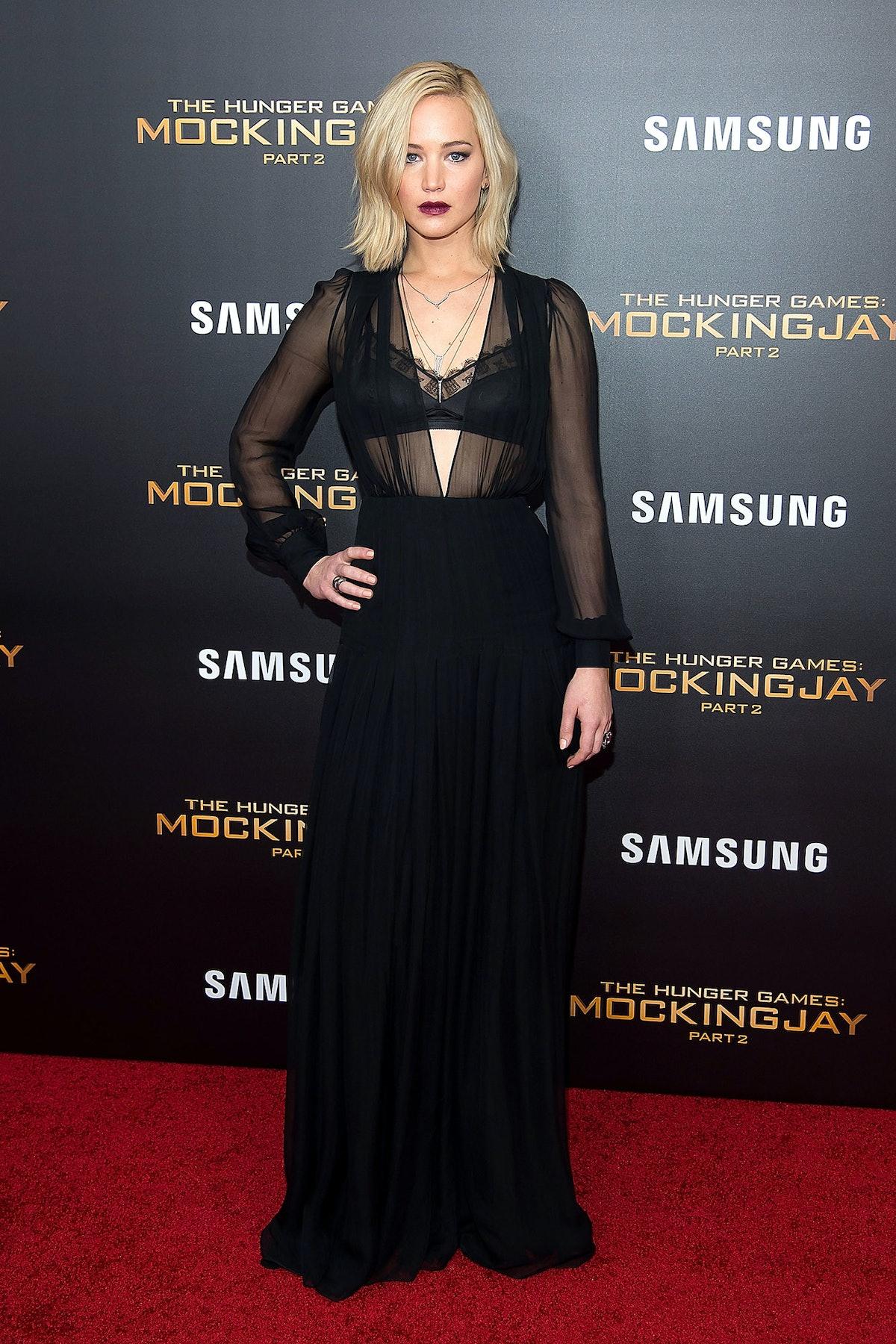 Jennifer Lawrence in Schiaparelli Haute Couture