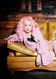 Cyndi Lauper Sofa photo credit Chapman Baehler