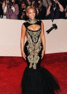 """Alexander McQueen: Savage Beauty"" Costume Institute Gala At The Metropolitan Museum Of Art - Arriva..."