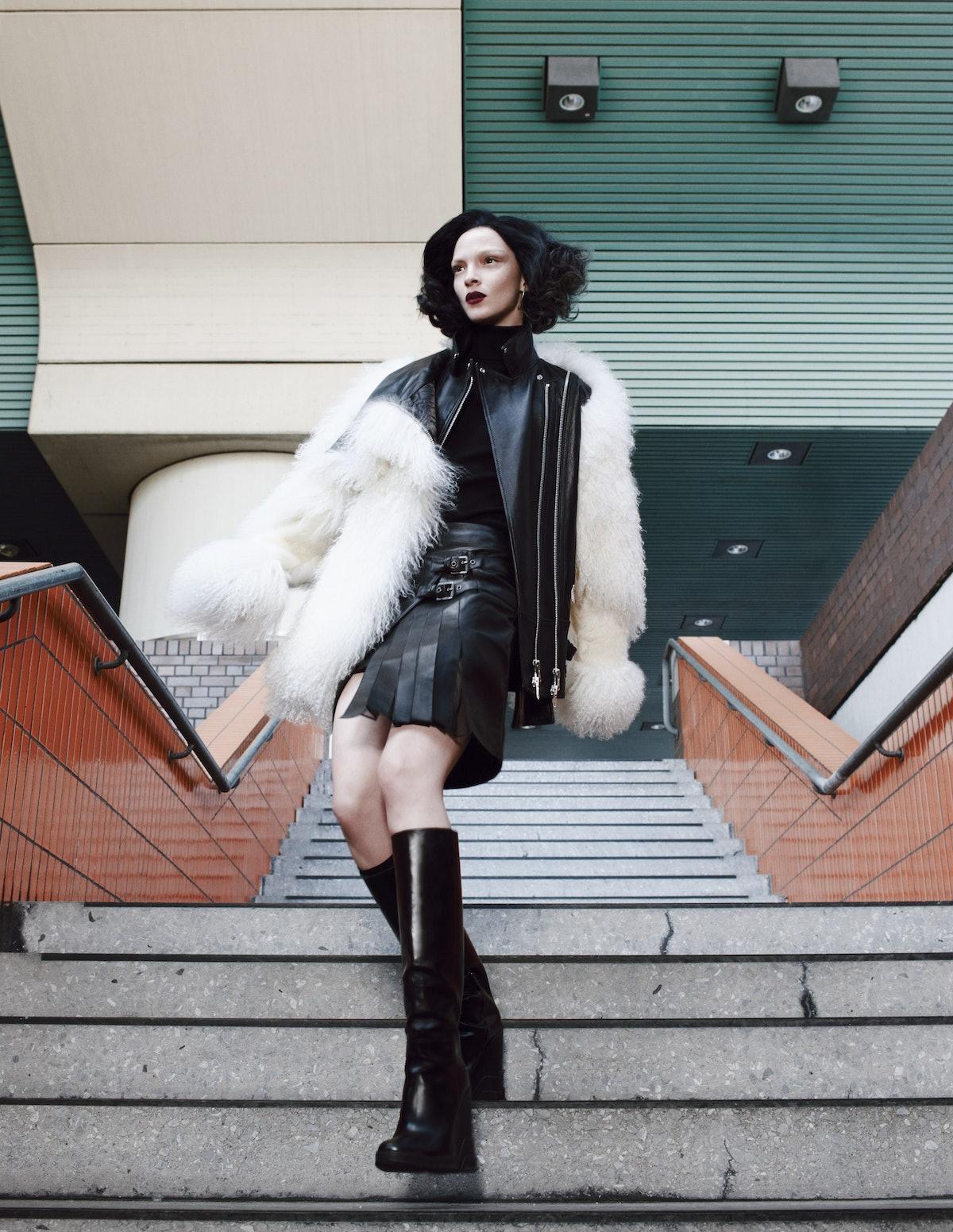 Super Fly. Photo by Emma Summerton, styled by Giovanna Battaglia. W Magazine, November 2013.jpg