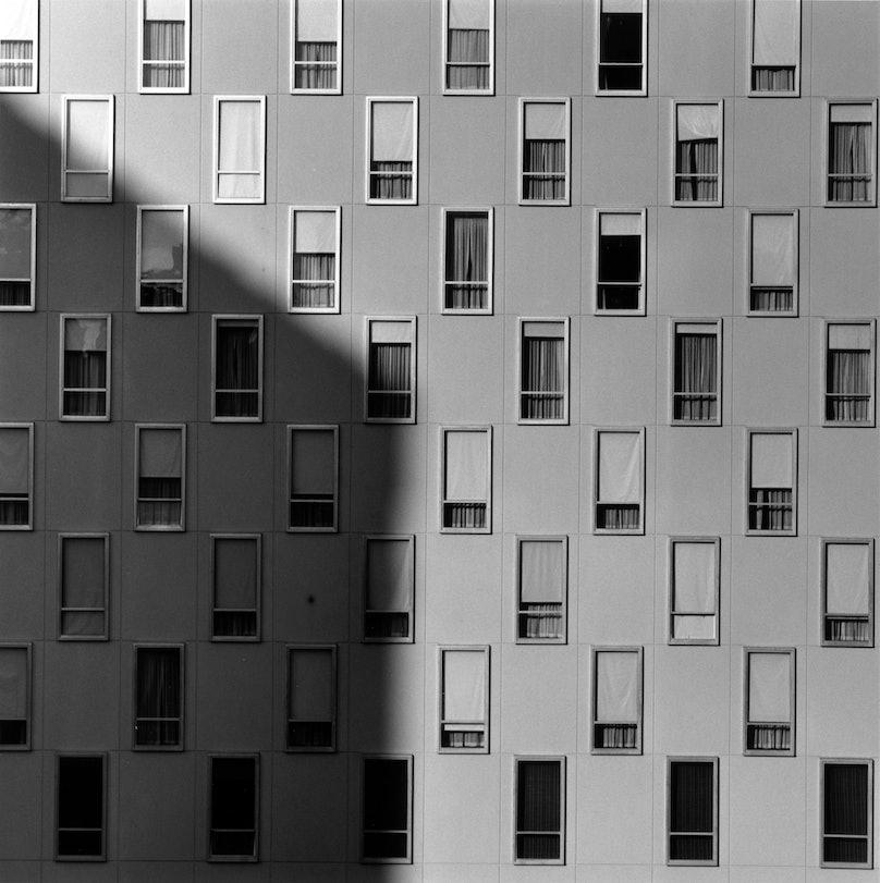 Robert Mapplethorpe, Apartment Window, 1977.jpg