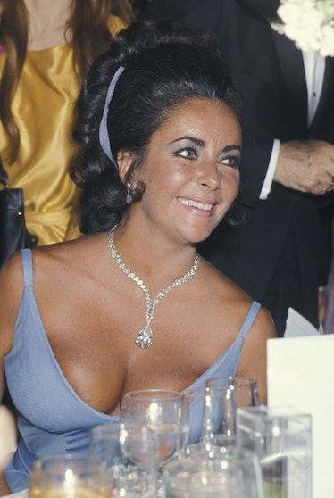 Elizabeth Taylor in a blue gown