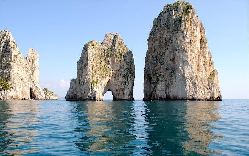 Faraglioni Capri.jpg