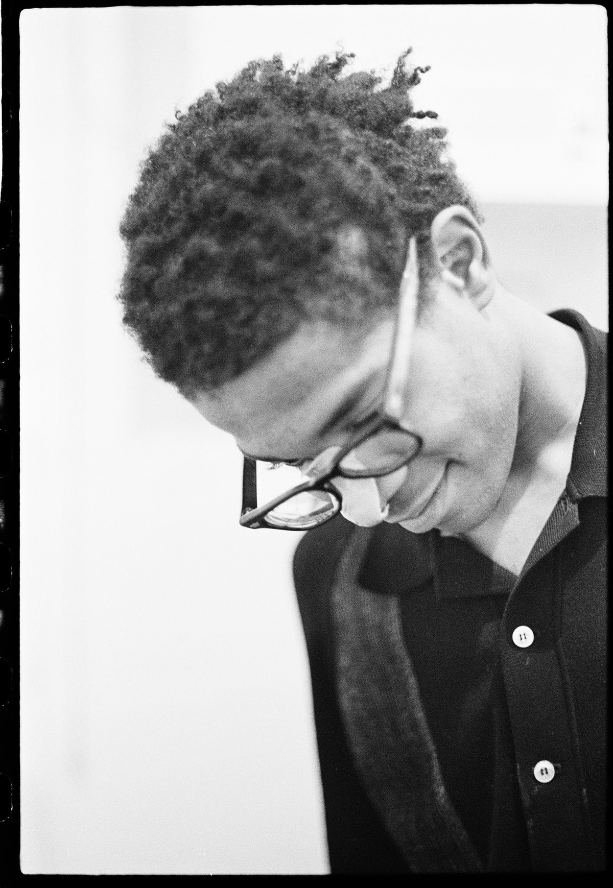 Basquiat performing in the apartment (2), c. 1979–1980.jpg