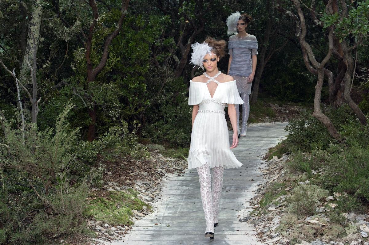 Chanel: Runway - Paris Fashion Week Haute-Couture Spring/Summer 2013