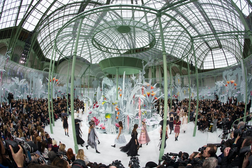 Chanel : Runway - Paris Fashion Week - Haute Couture S/S 2015