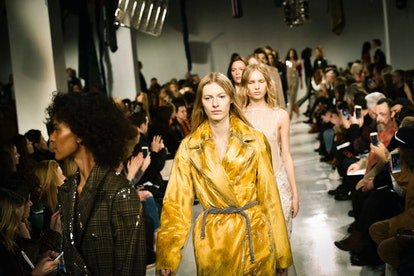 Calvin Klein Collection - Runway RTW - Fall 2017 - New York Fashion Week