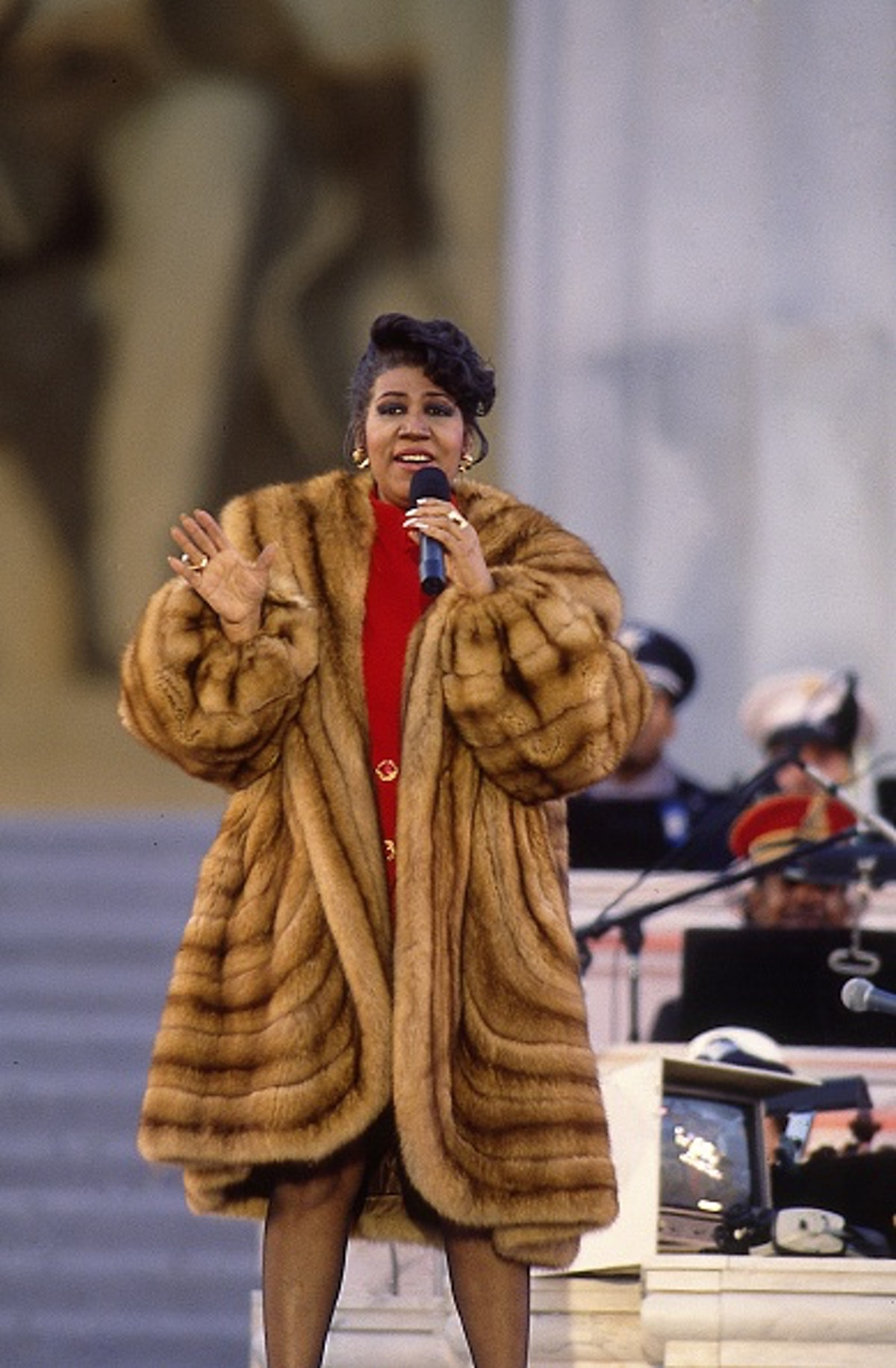 Aretha Franklin sings for President William Clinton's inaugural