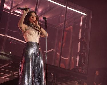 Lorde_Roger Ho_Coachella_B014741.jpg