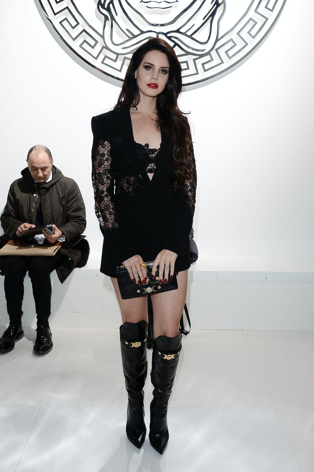 Versace - Front Row - MFW F/W 2013
