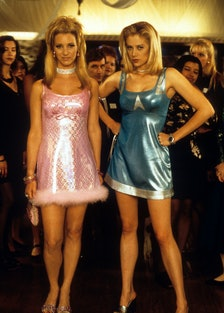 Lisa Kudrow And Mira Sorvino In 'Romy And Michele's High School Reunion'
