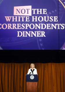 Full Frontal With Samantha Bee's Not The White House Correspondents' Dinner - Show
