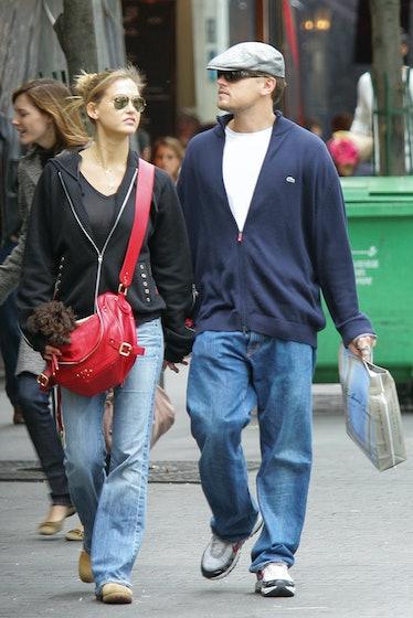Bar and Leo walking.