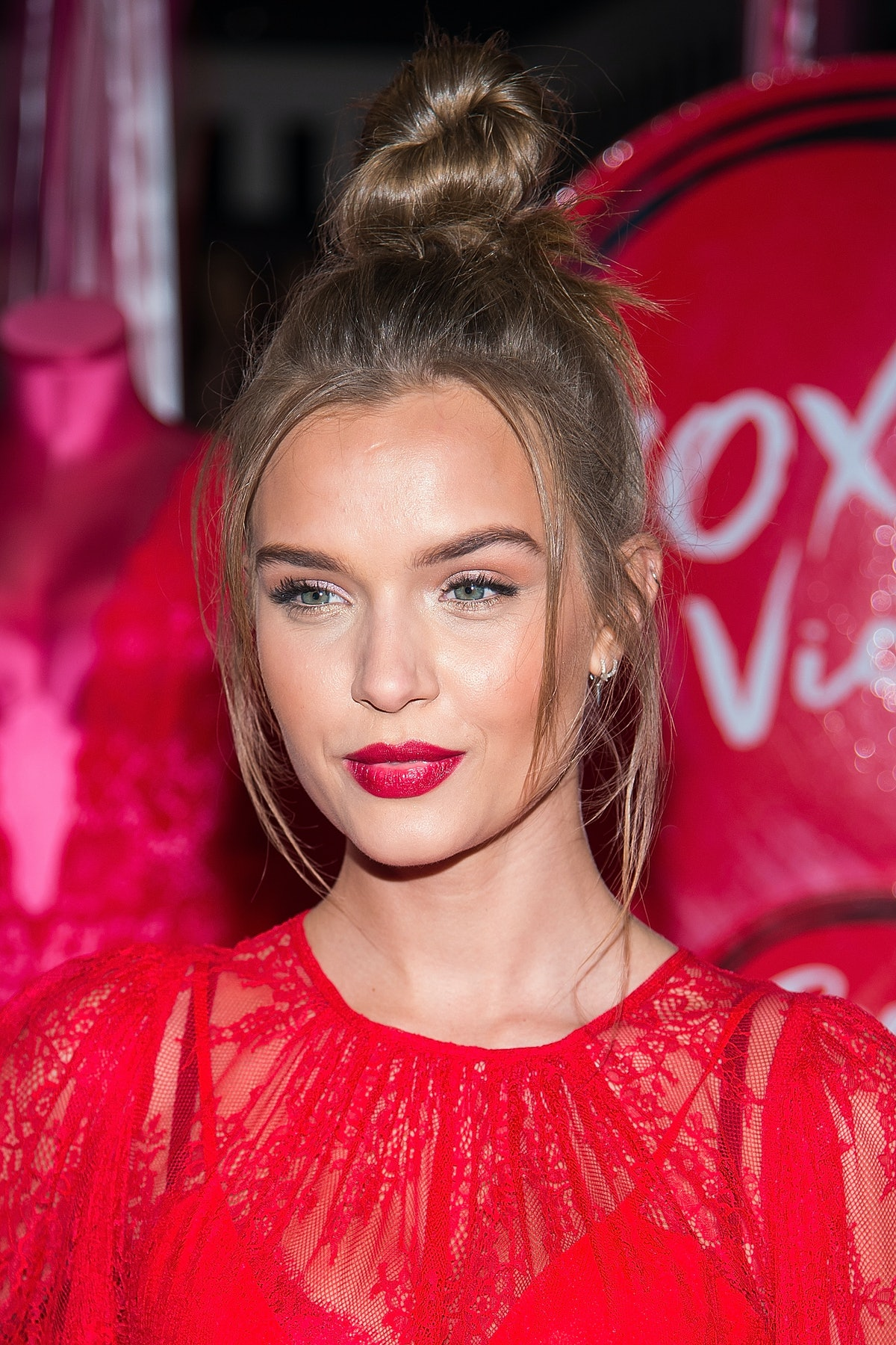 Victoria's Secret Angels Josephine Skriver, Sara Sampaio & Taylor Hill Share Their Hottest Gift Pick...