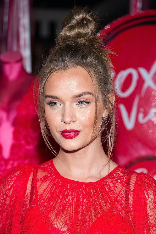 Victoria's Secret Angels Josephine Skriver, Sara Sampaio & Taylor Hill Share Their Hottest Gift Picks For Valentine's Day