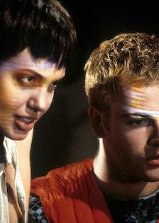 Angelina Jolie And Jonny Lee Miller In 'Hackers'