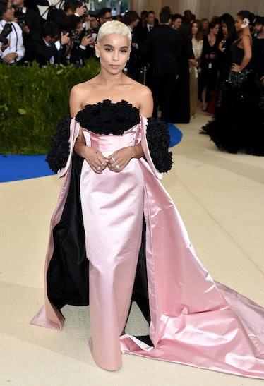 Zoe Kravitz in pink gown.