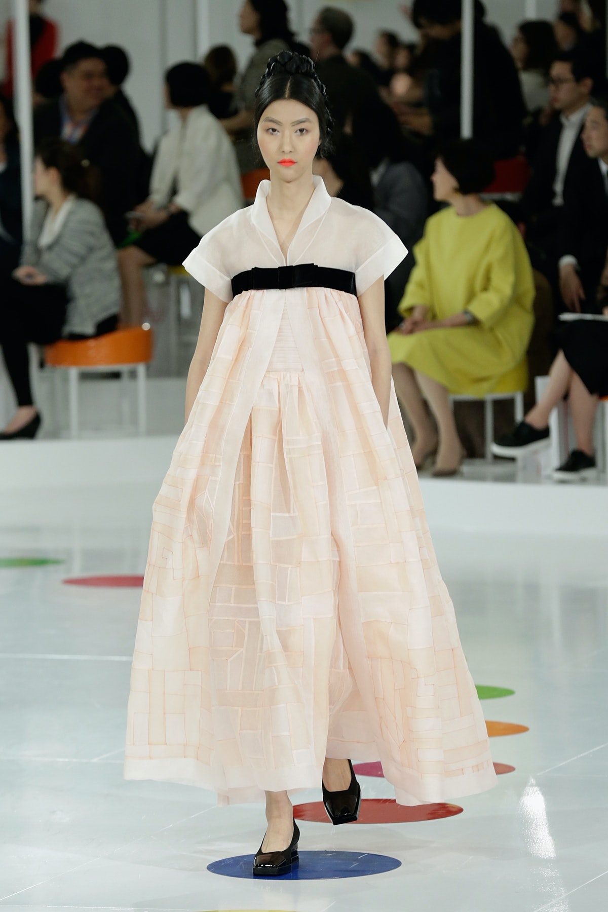 Chanel 2015/16 Cruise Collection - Runway