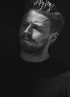 jack lowden.png
