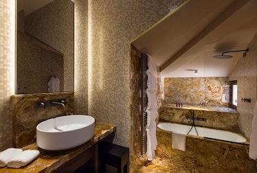 venart bath.jpg