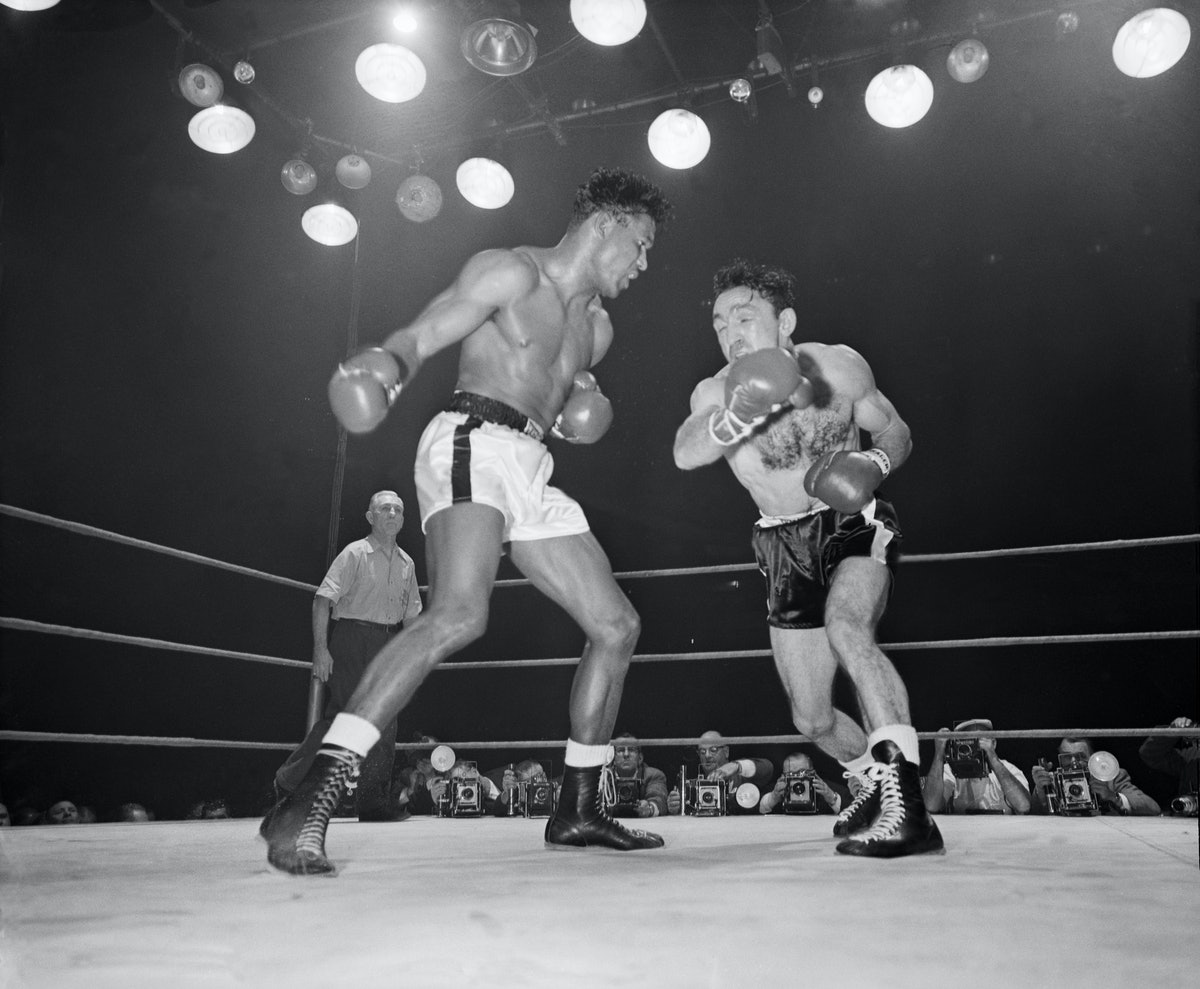 Sugar Ray Robinson and Carmen Basilio Boxing