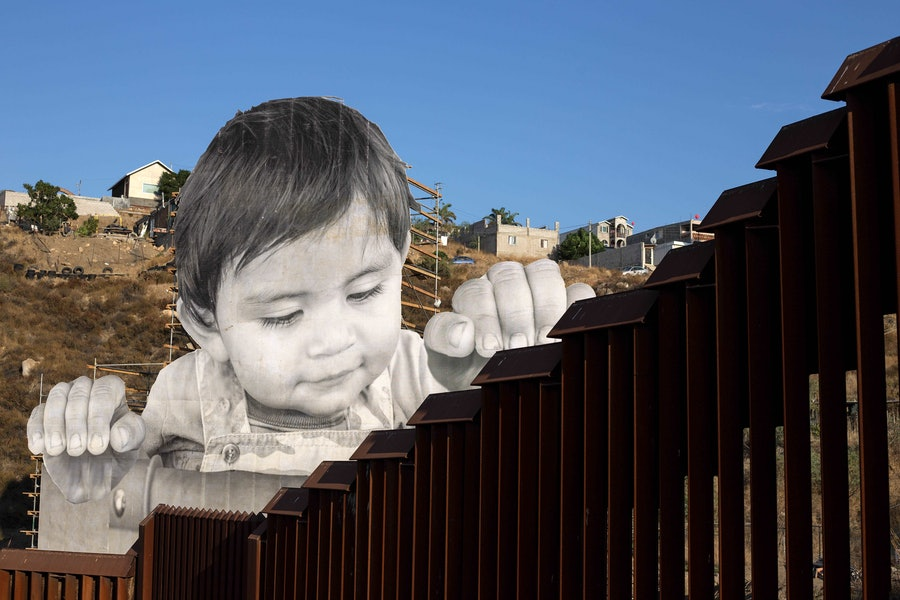 US-MEXICO-FRANCE-BORDER-ART