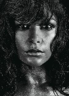 Catherine Zeta-Jones 2004