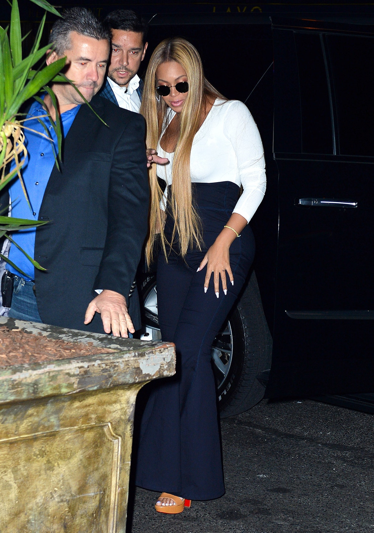 Beyonce looks striking as she arrives to the SNL after-party with Jay-Z at TAO nightclub in NYC