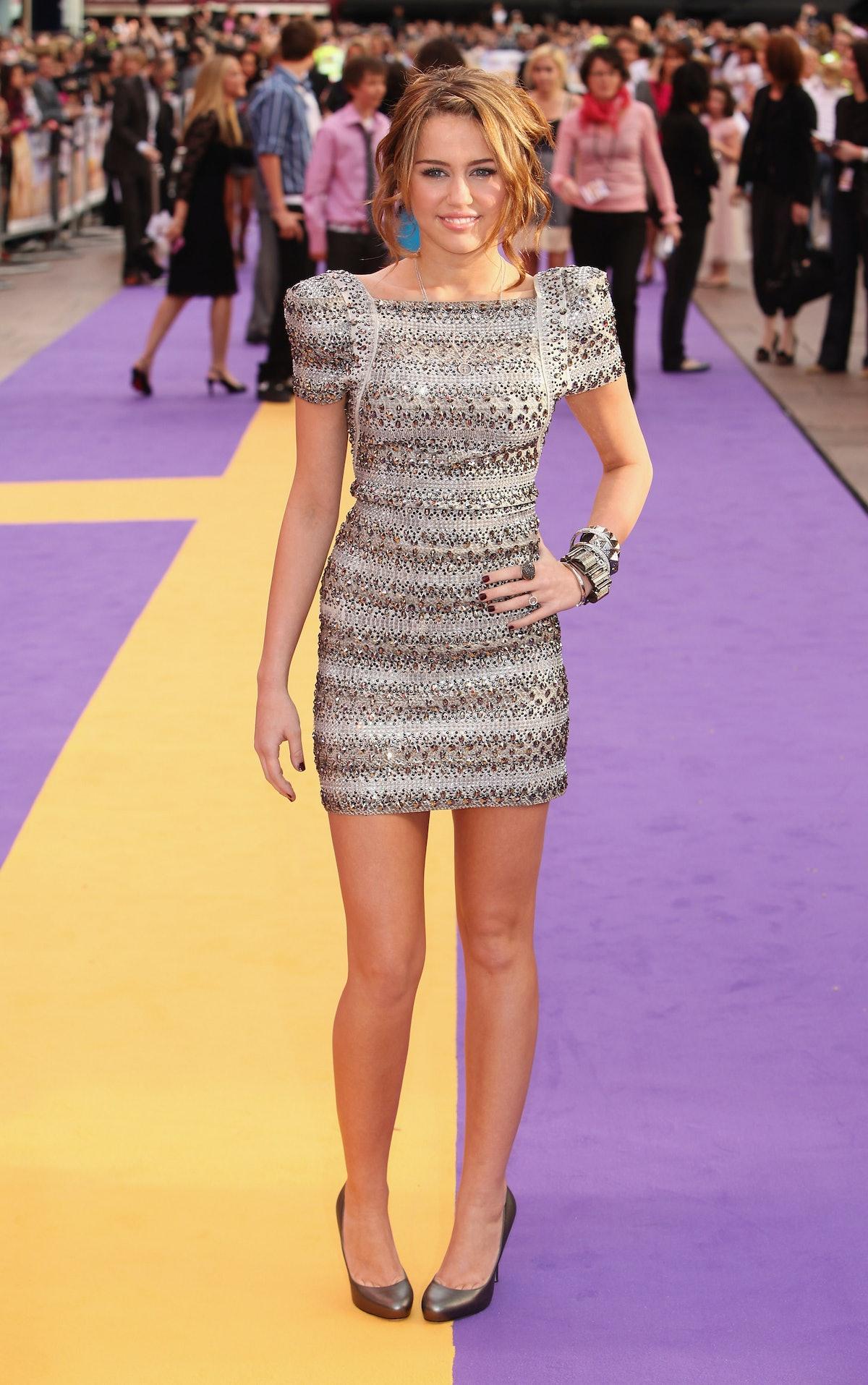 UK Film Premiere: Hannah Montana: The Movie - Outside Arrivals